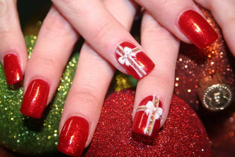 Che nail art natalizia fa per te? [TEST]