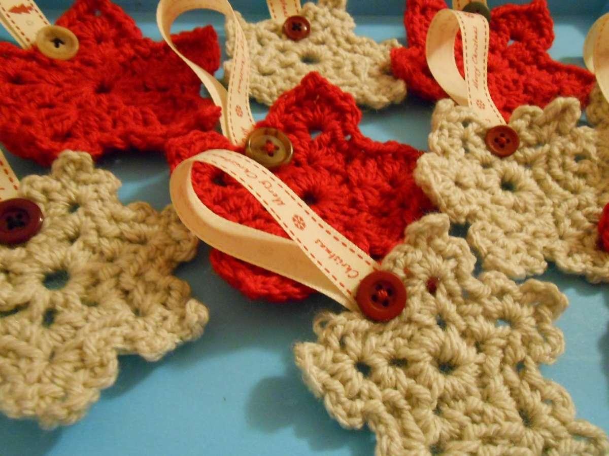 Stelle di Natale all'uncinetto: 10 idee da non perdere [FOTO]