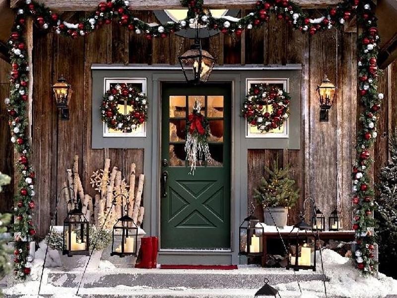 Quale decorazione di Natale per il giardino preferisci?