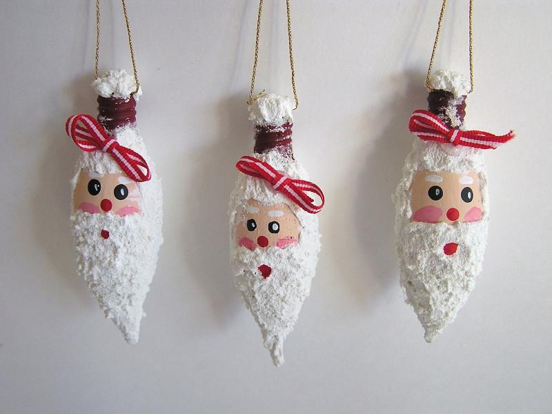 Quali addobbi natalizi con il riciclo creativo preferisci?