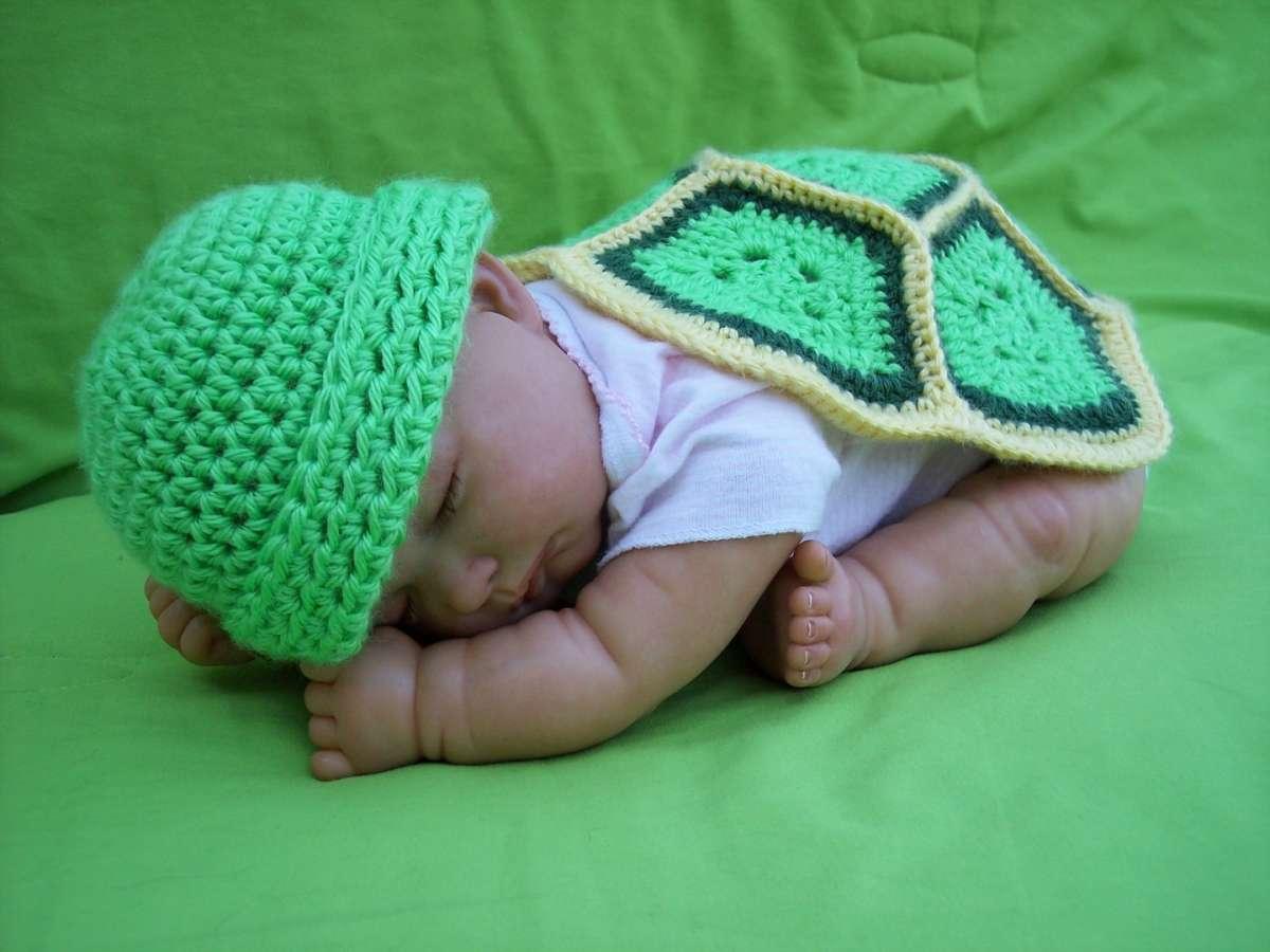 Lavori a maglia per neonati le copertine foto pourfemme for Decori per camerette neonati