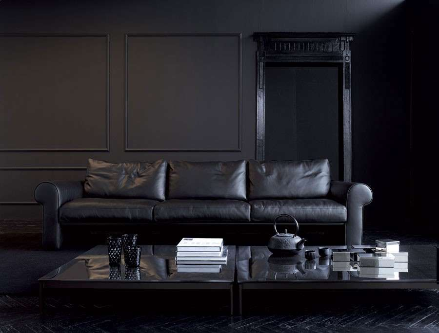 Come arredare casa in nero: il total black è sempre chic [FOTO]