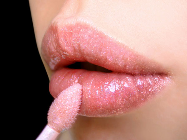 lip gloss for fair skin