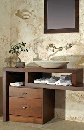 Mobile bagno in pietra e legno di noce