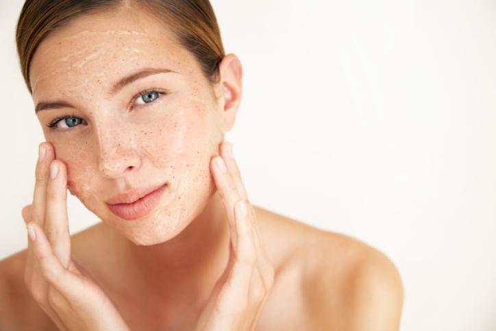 Pelle asfittica: prodotti per la cura e rimedi naturali