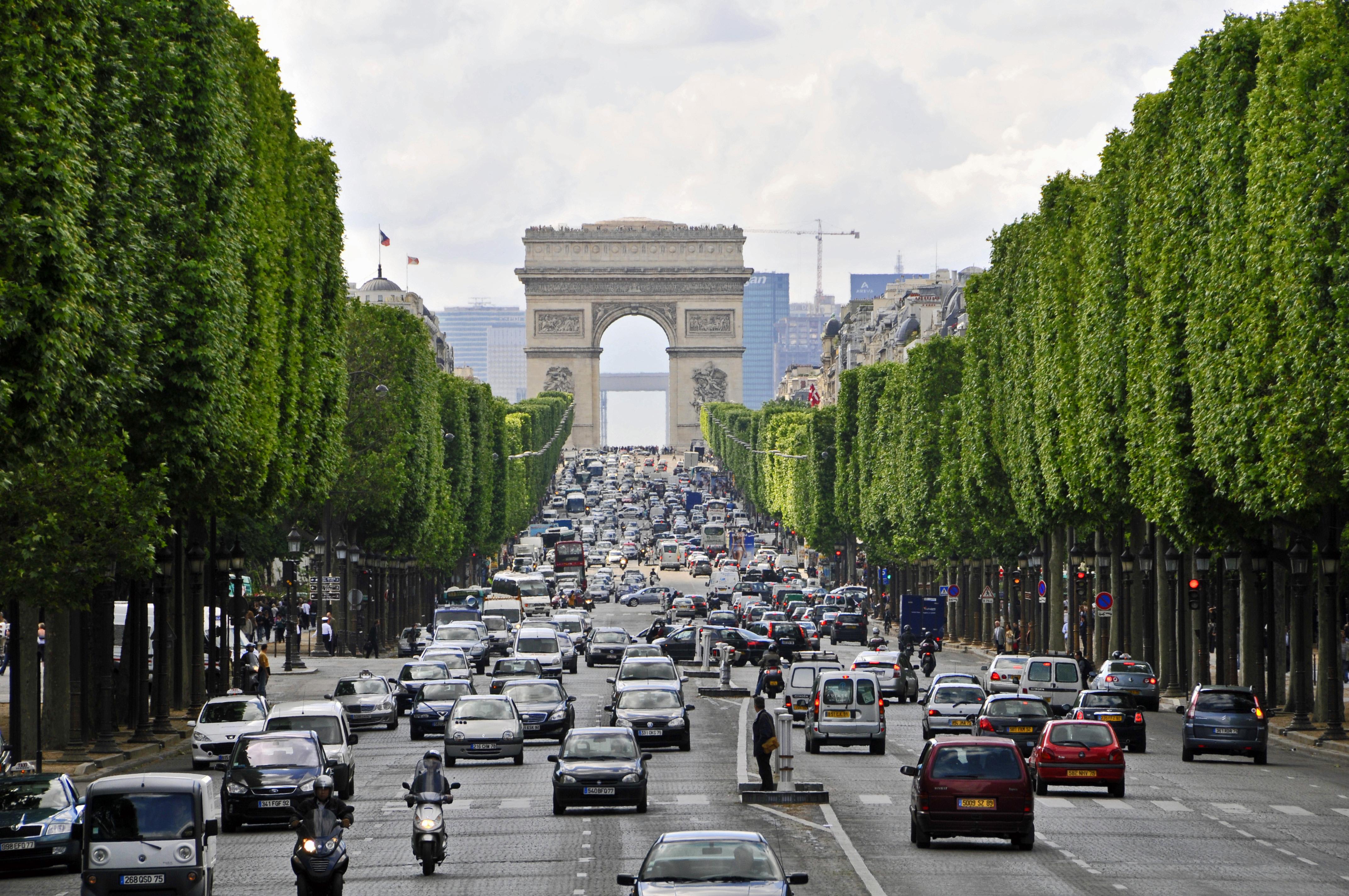 Champs Élysées parigi