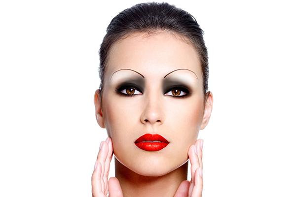 sopracciglia e forma viso