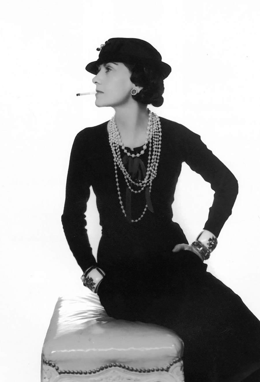 Il tubino nero inventato da Coco Chanel