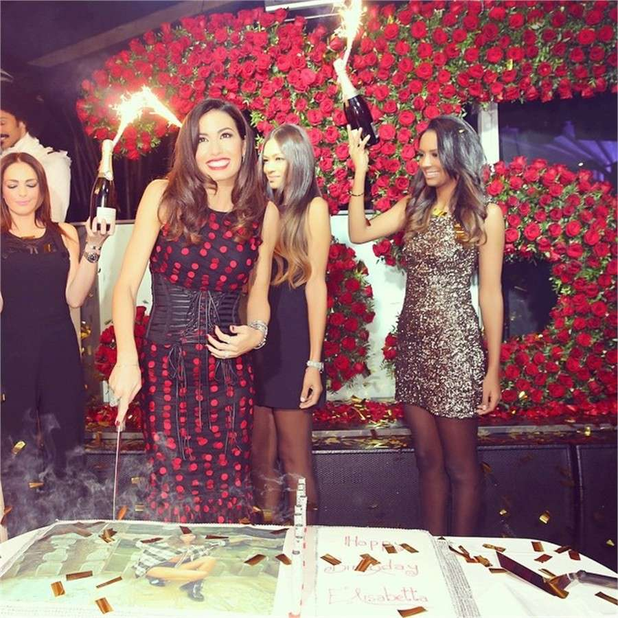 Elisabetta Gregoraci festeggia 35 anni: le foto del vip party al Twiga