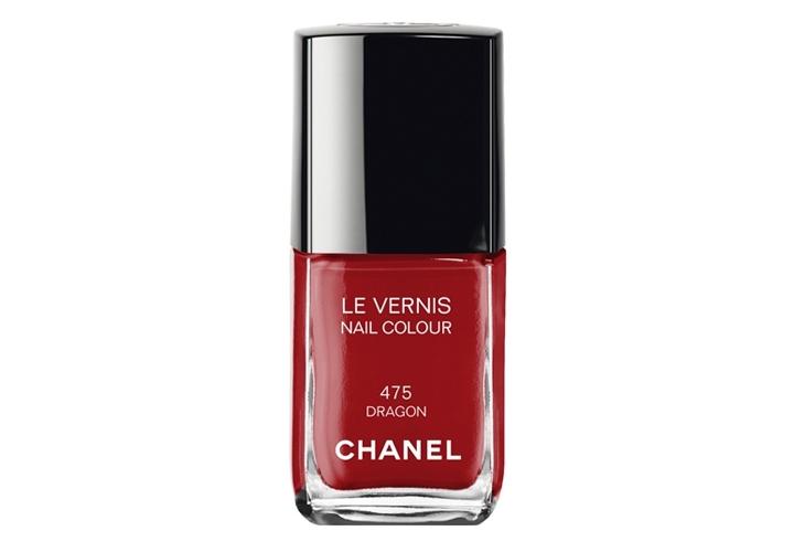 Lo smalto rosso Chanel Dragon