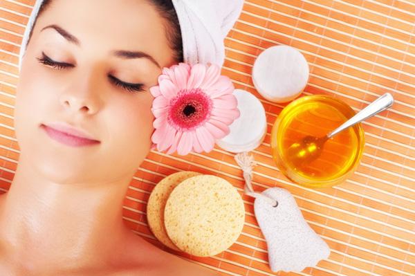 10 usi cosmetici del miele