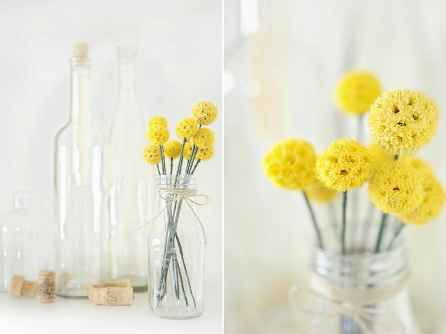 vaso alto fiori gialli