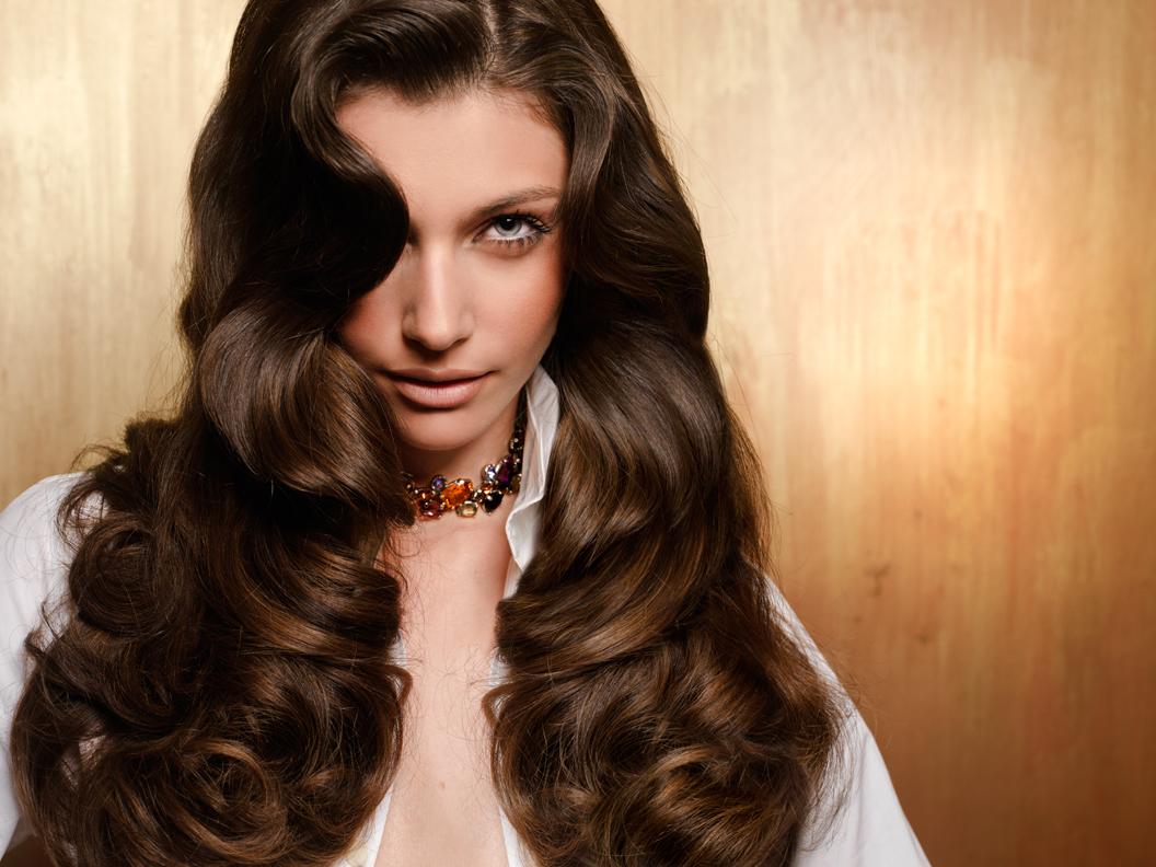 Acconciatura capelli ondulati k
