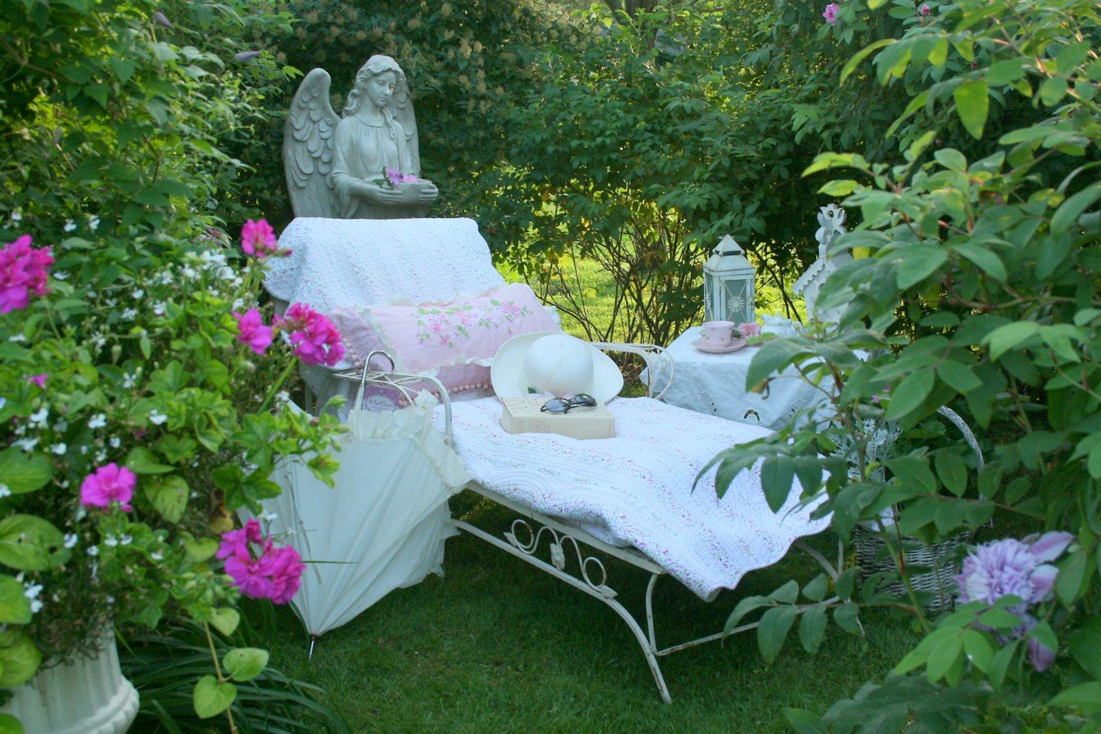 elementi giardino romantico