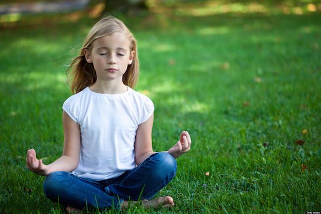 occhi chiusi meditazione