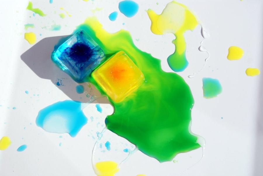 Cubetti-di-ghiaccio-colorati