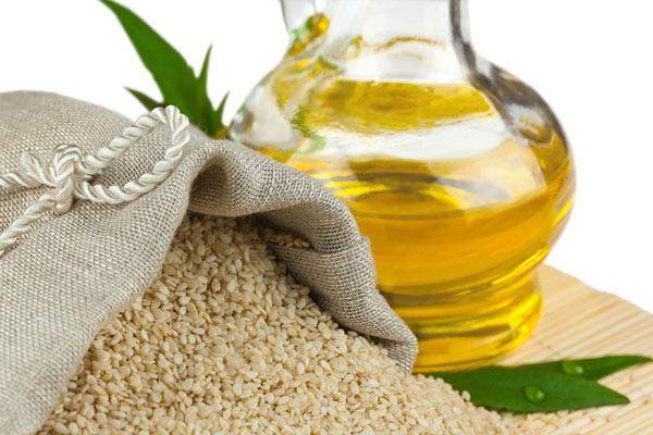 images_Foto_Articoli_alimentazione_grassi_olio sesamo semi