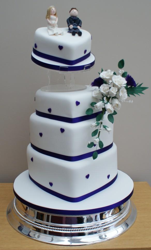 torta blu a cuore