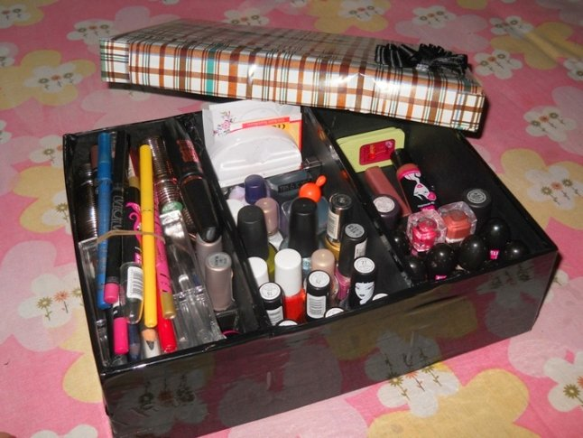 Makeup Box 10