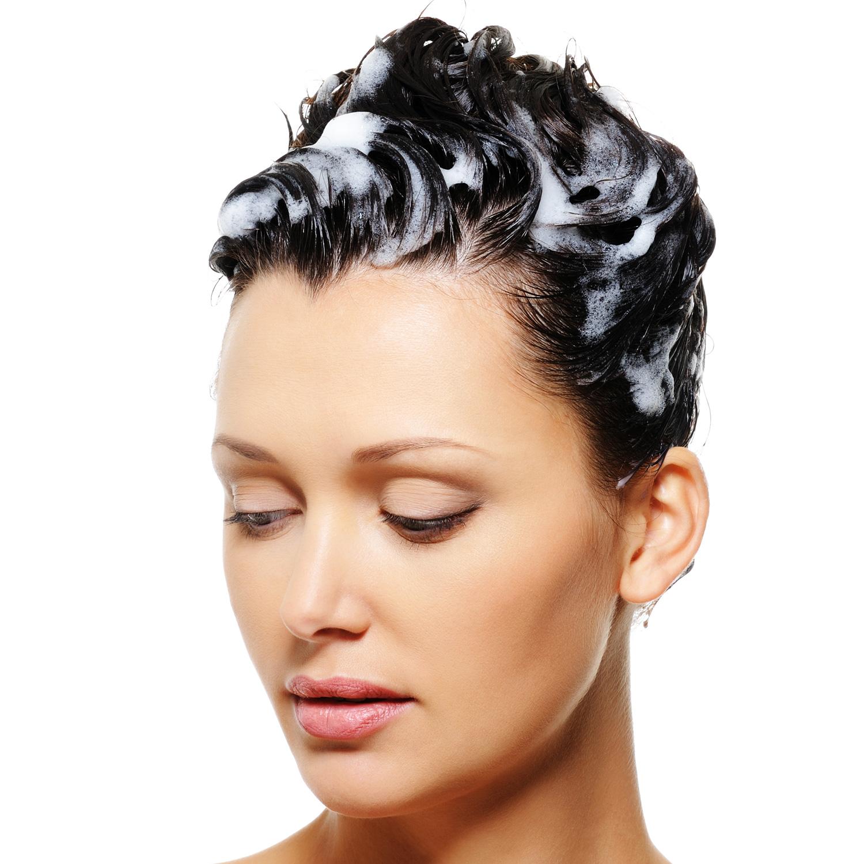 Shampoo sui capelli