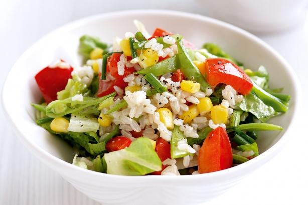 Insalata di riso vegetariana, ricetta light
