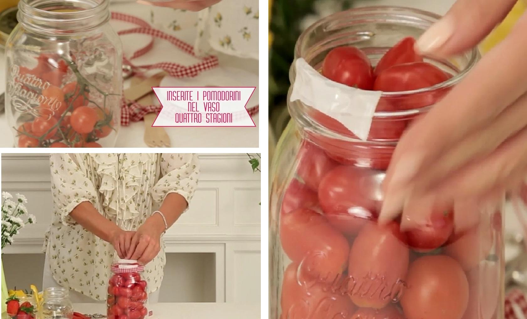 inserisci i pomodori nel barattolo