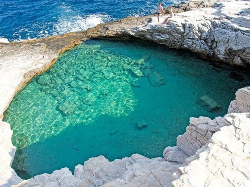 Quali piscine naturali del mondo preferisci?