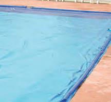 Pulizia telo piscina