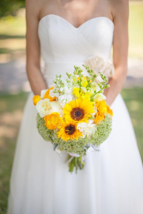 Bouquet Sposa Con Girasoli.Bouquet Sposa Con Girasoli Idee Colorate Per Le Nozze Foto