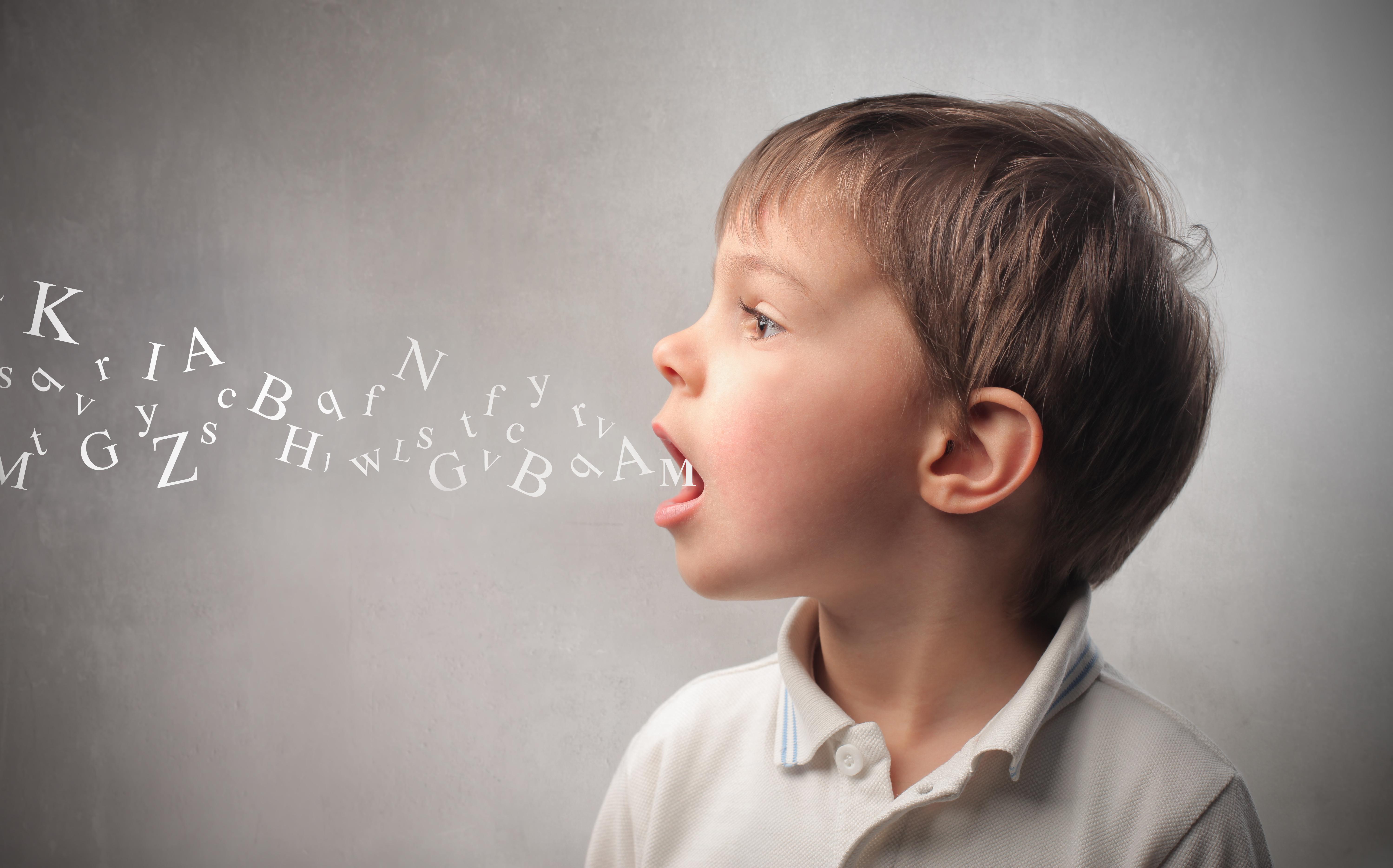 Disturbi del linguaggio nei bambini, cause e rimedi