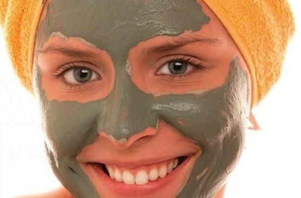 maschera argilla pulizia