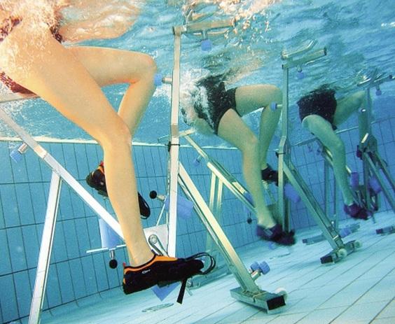 Idrobike in piscina