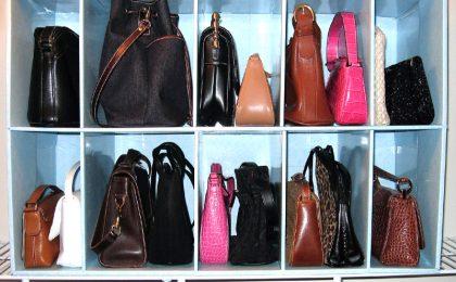 5 idee per sistemare le borse in casa