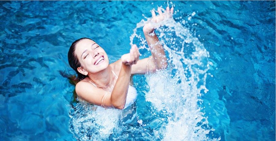 Quale sport in piscina è il più adatto a te? [TEST]