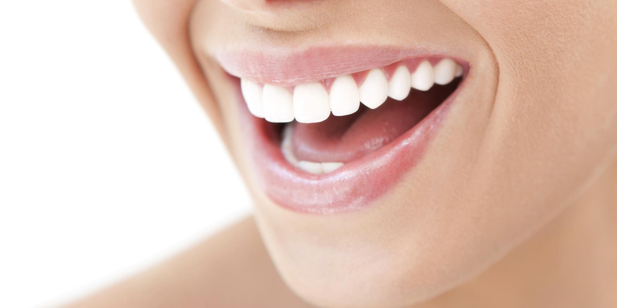Tumore alla bocca: quali sono i primi sintomi da riconoscere?