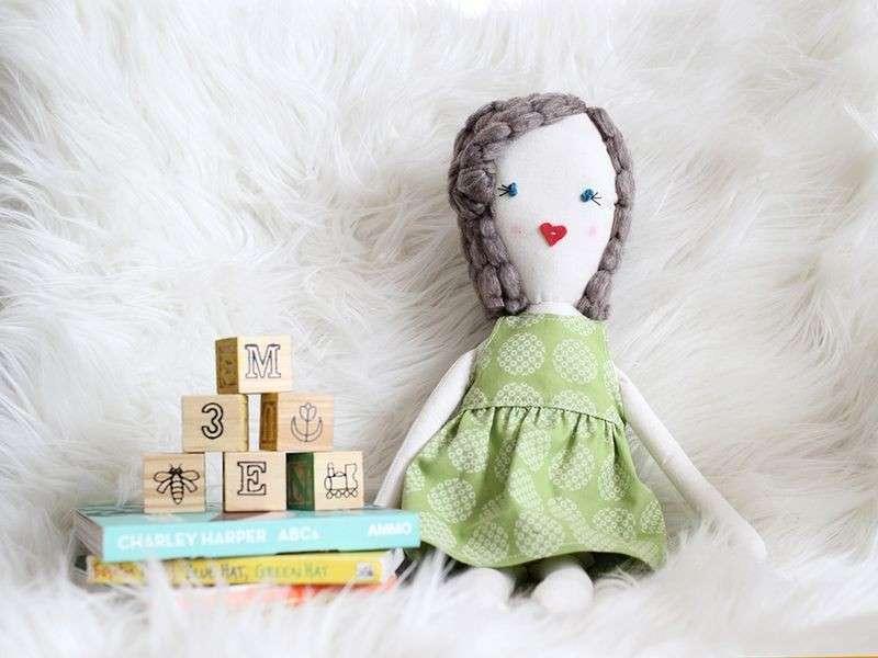 Bambole fai da te per bambini: tante idee creative [FOTO]