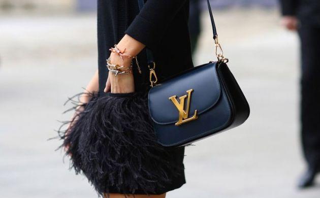 Sai abbinare la borsa nera ai tuoi look? [TEST]
