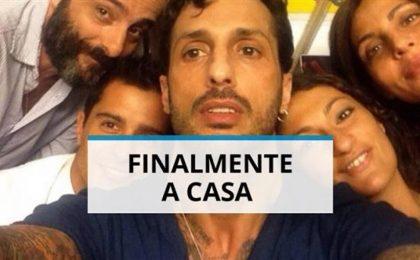 Fabrizio Corona news: torna a casa e viene affidato ai servizi sociali [FOTO]