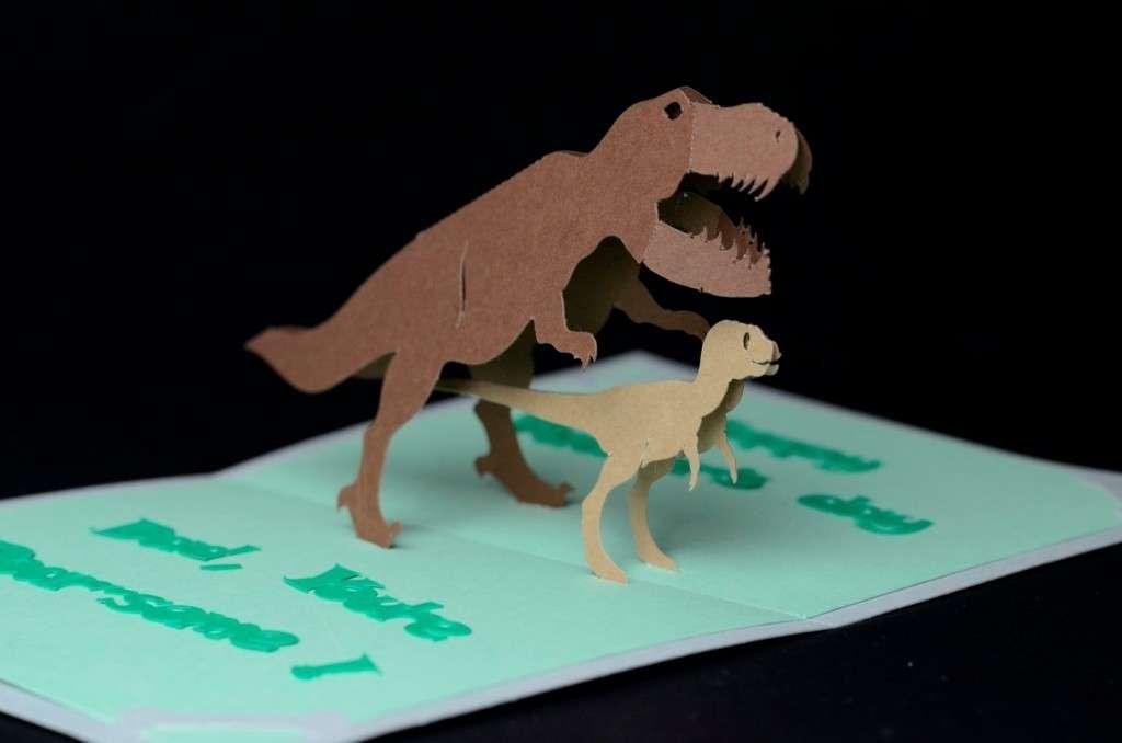 Lavoretti con i dinosauri: tante idee fai da te [FOTO]