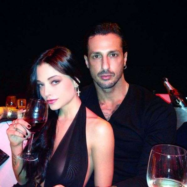 Fabrizio Corona e Silvia Provvedi: le foto dei primi baci