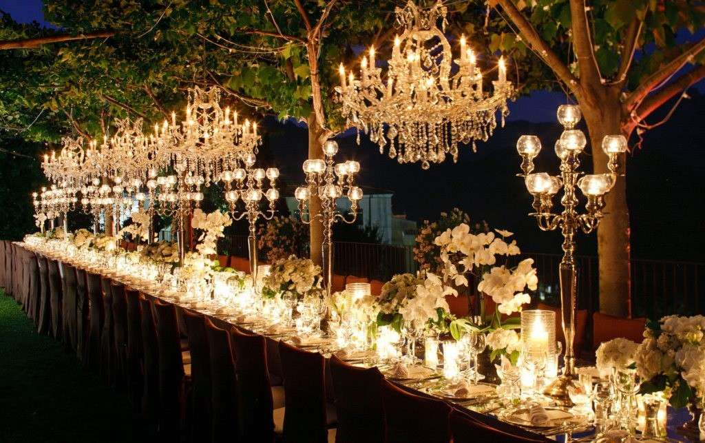 Decorazioni per il matrimonio di sera: le idee più romantiche [FOTO]