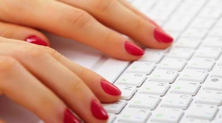 Manicure perfetta in ufficio tutti i segreti