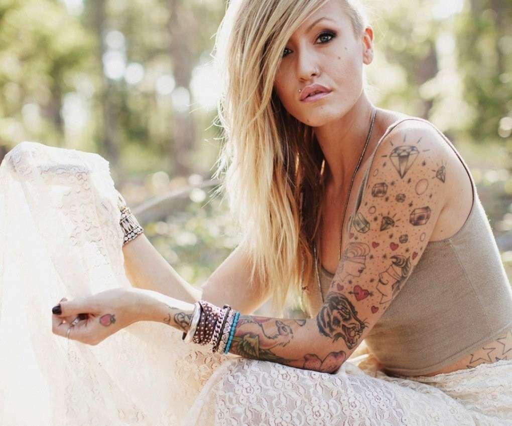 Tatuaggi femminili old school i pi belli foto pourfemme for I pavimenti piu belli