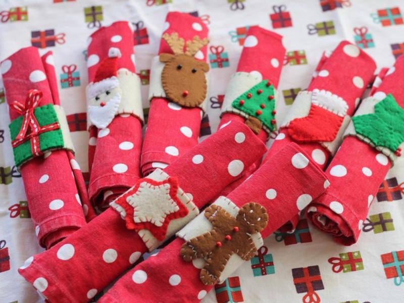 Quali portatovaglioli natalizi preferisci?