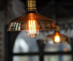 Staccare lampadario