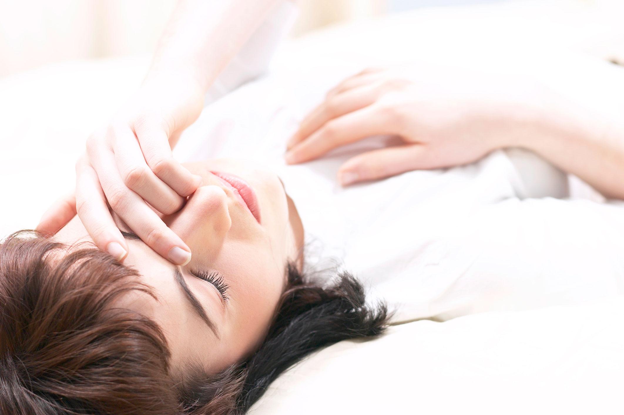 Apnee notturne: sintomi, rischi e rimedi