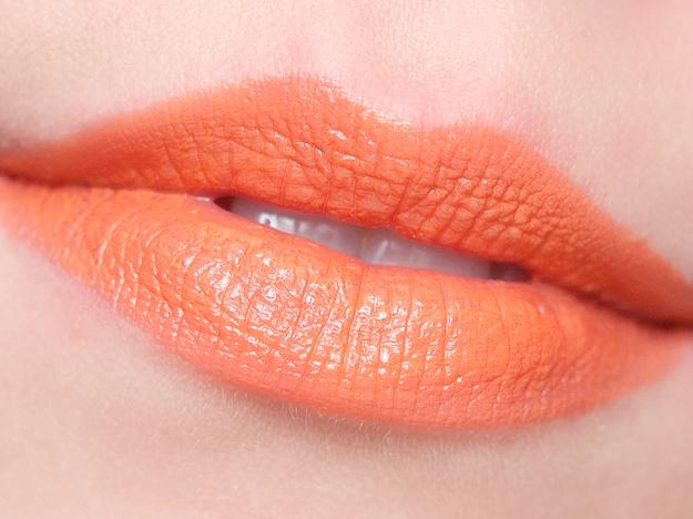rossetto arancione pelle chiara