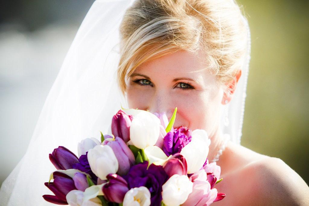 sposa con tulipani