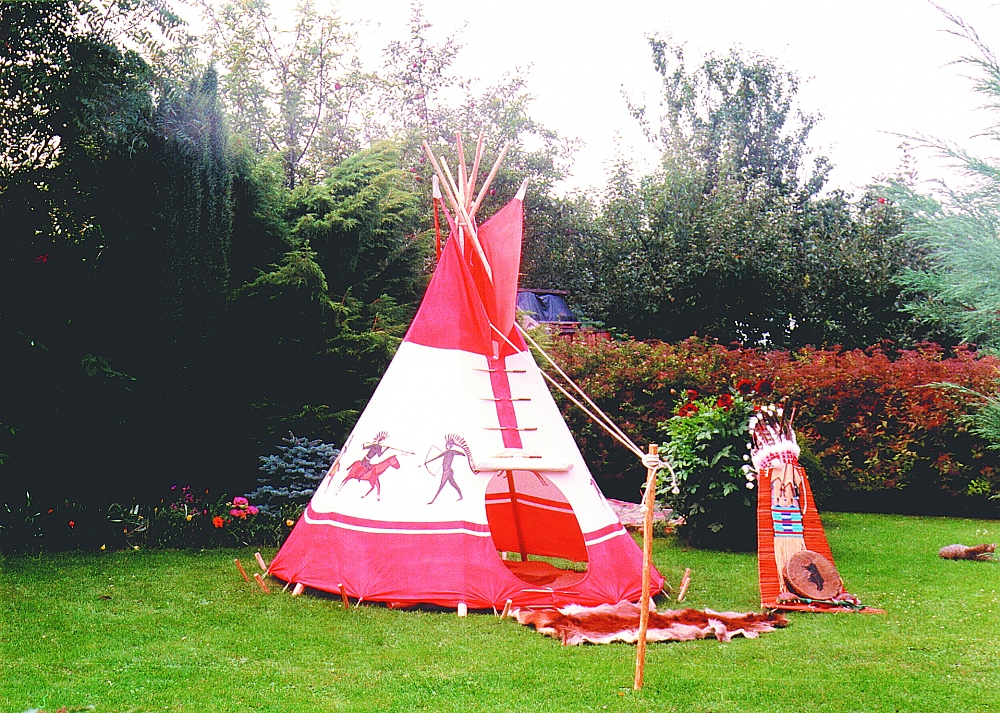 tenda indiana giardino