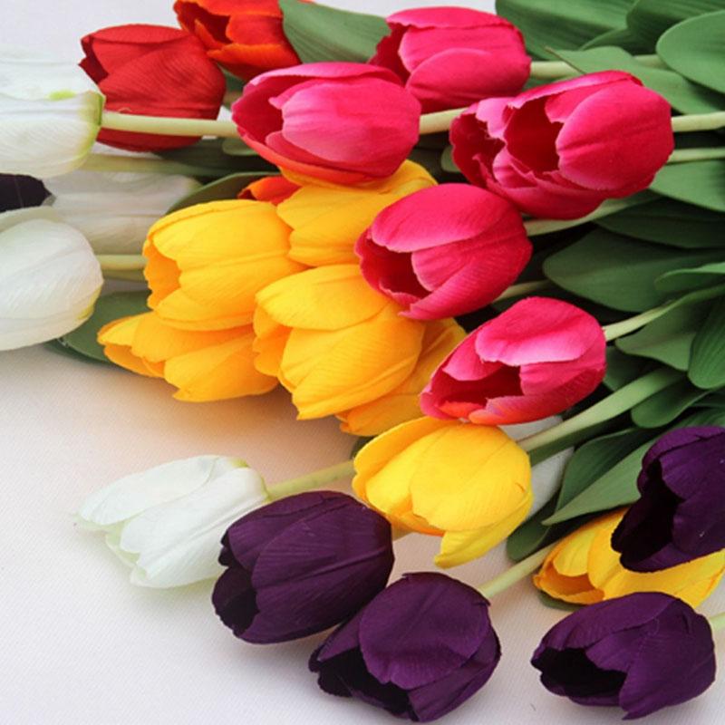 Bouquet Di Tulipani Per Sposa.Bouquet Da Sposa Con I Tulipani Tante Idee Per Il Tuo Matrimonio